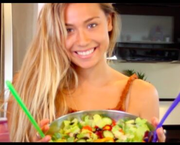 What Tia Eats in a Day on a Plant Based